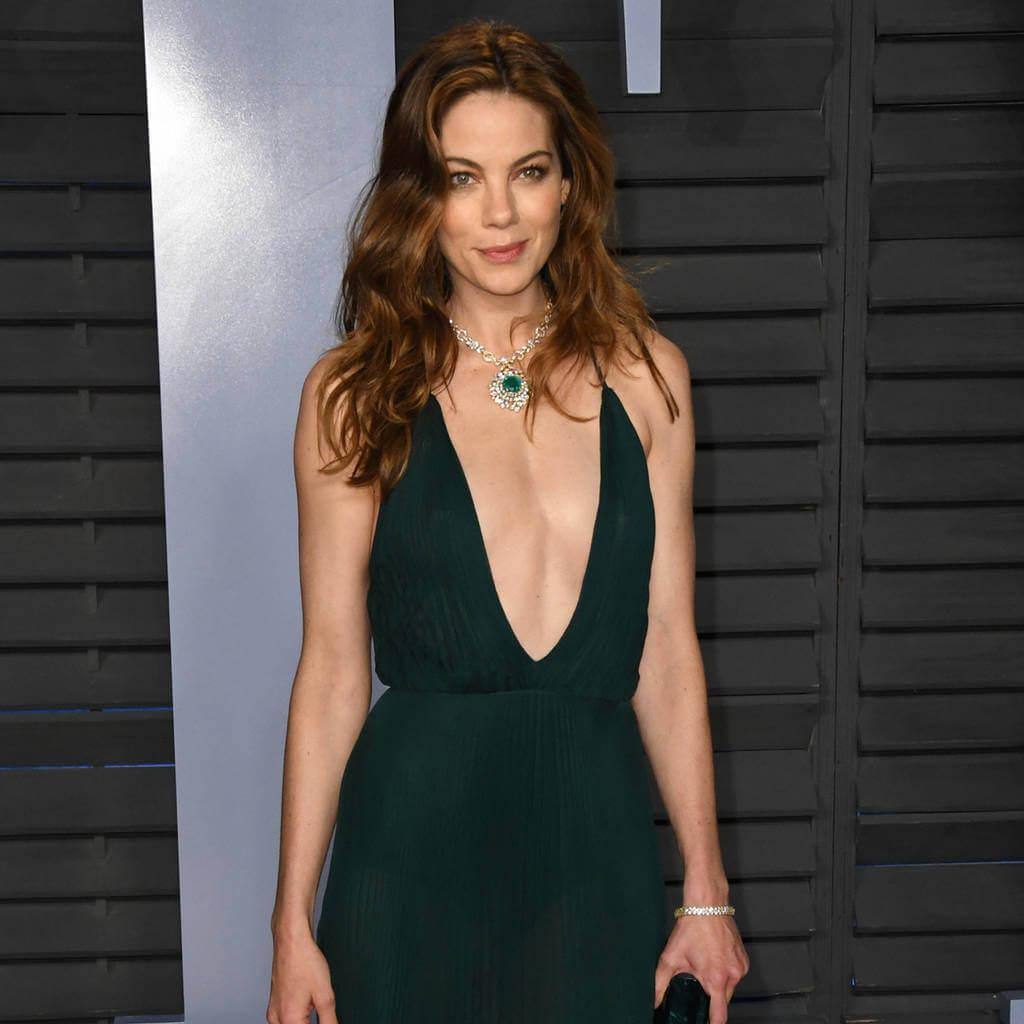 Michelle Monaghan sexy cleavage pics