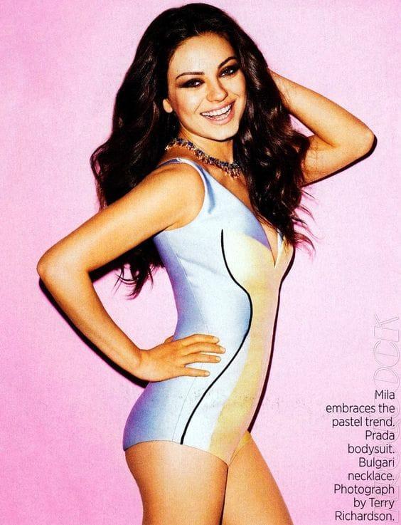 Mila Kunis hot side ass pics