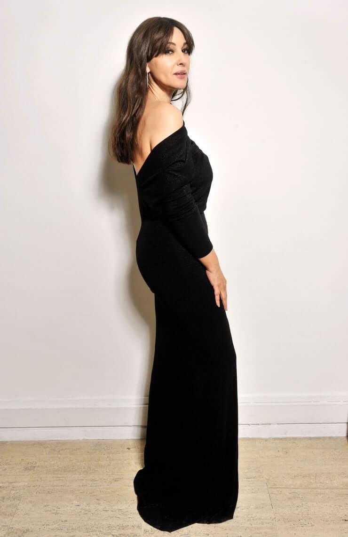 Monica Bellucci big booty pics