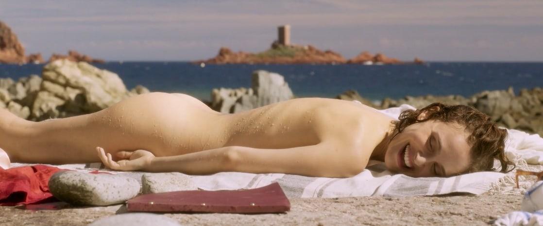 Natalie Portman naked pic
