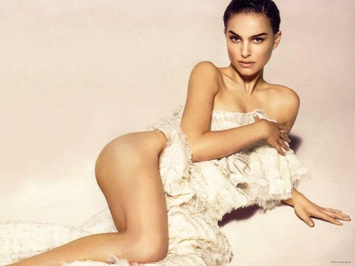 Natalie Portman near nude pics