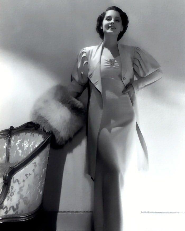 Norma Shearer lingerie pics