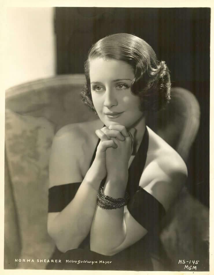 Norma Shearer sexy pics