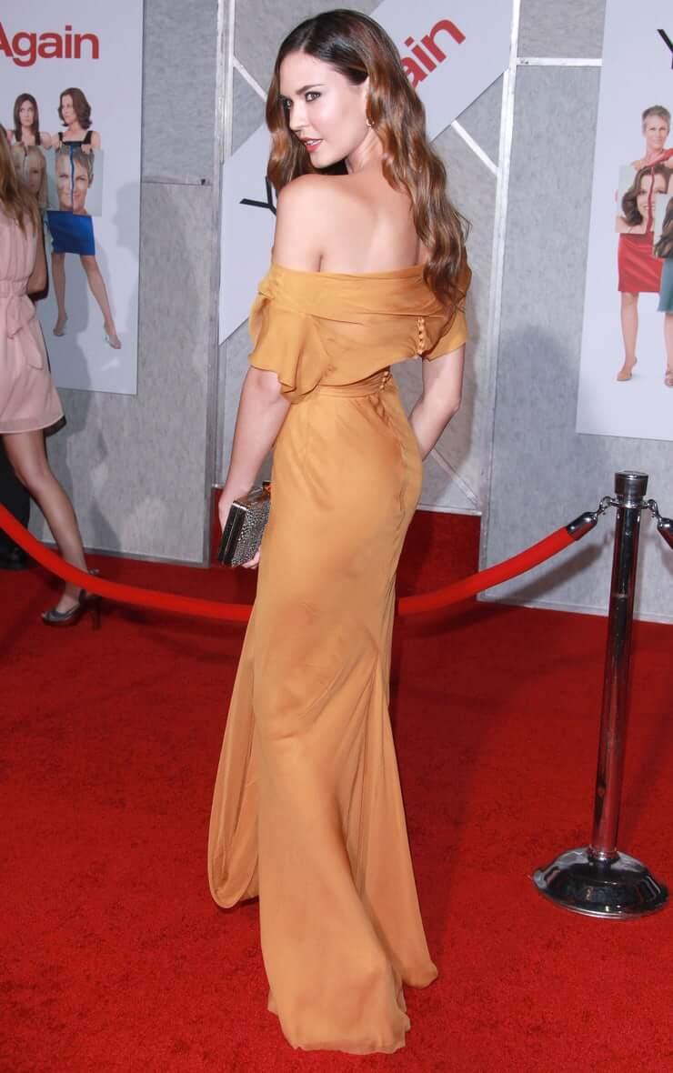 Odette Annable big butt pics