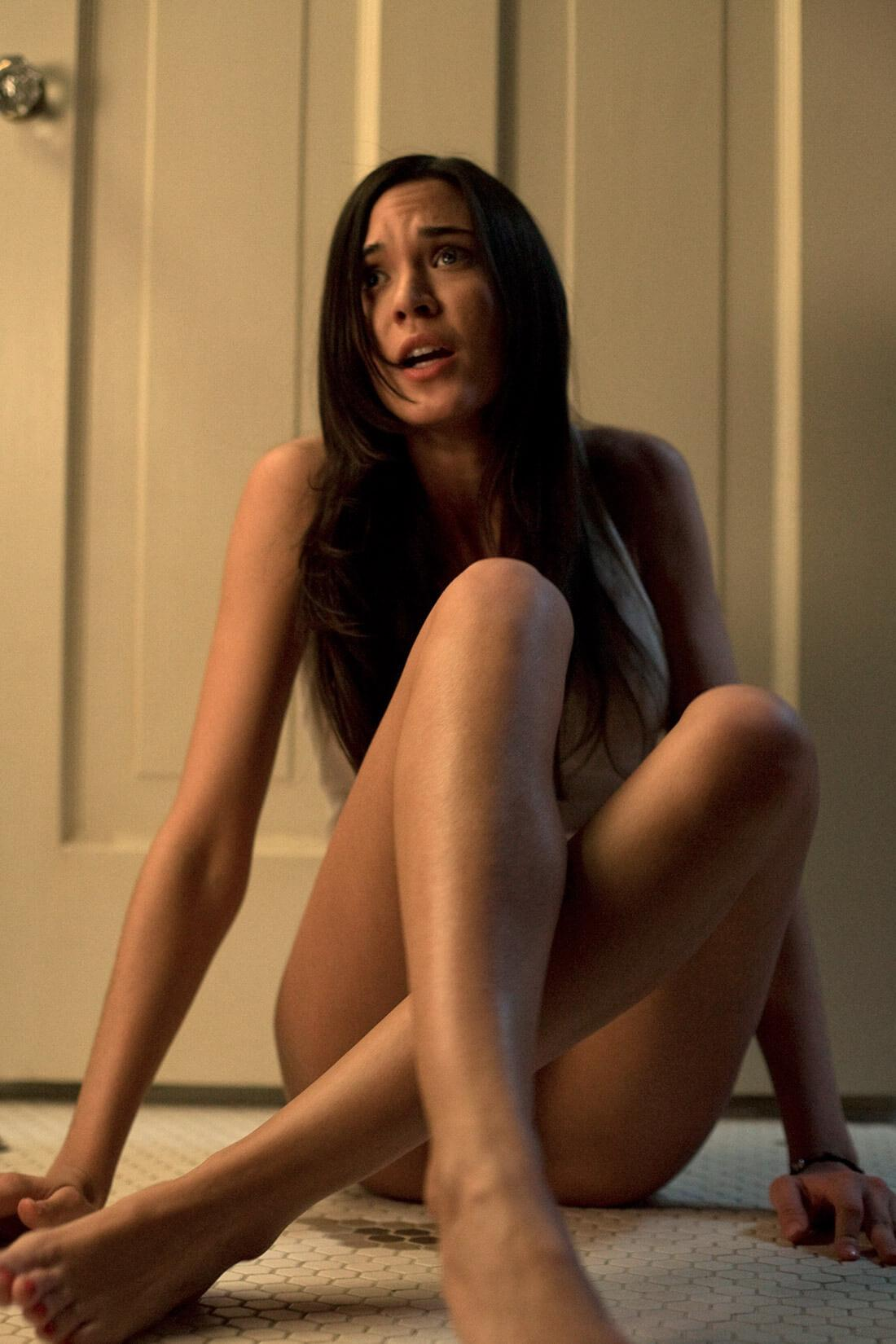Odette Annable naked pics