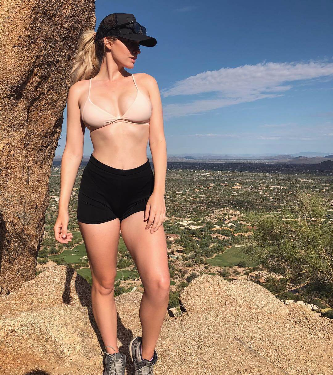 Paige Spiranac hot look