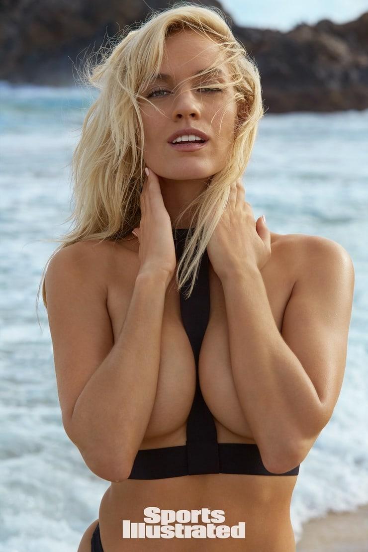 Paige Spiranac sexy