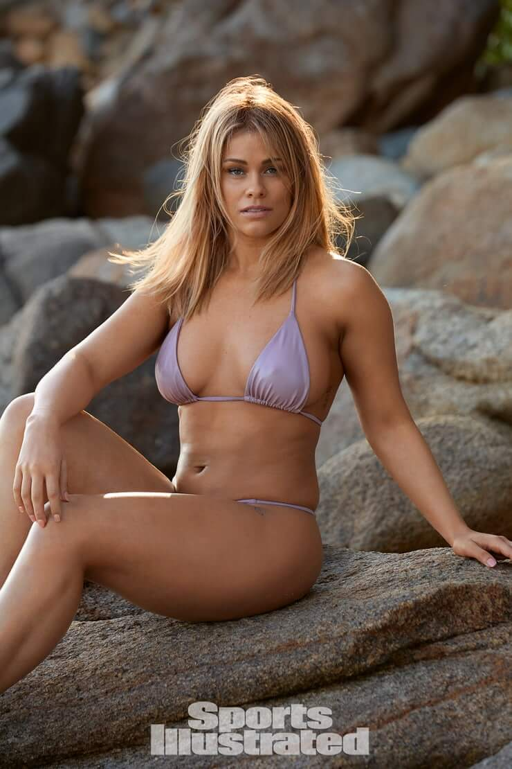 Paige VanZant hot bikini pics
