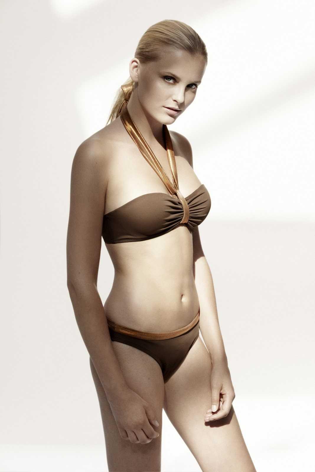 Petra Silander hot bikini pics