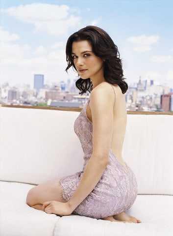 Rachel Weisz sexy look pictures