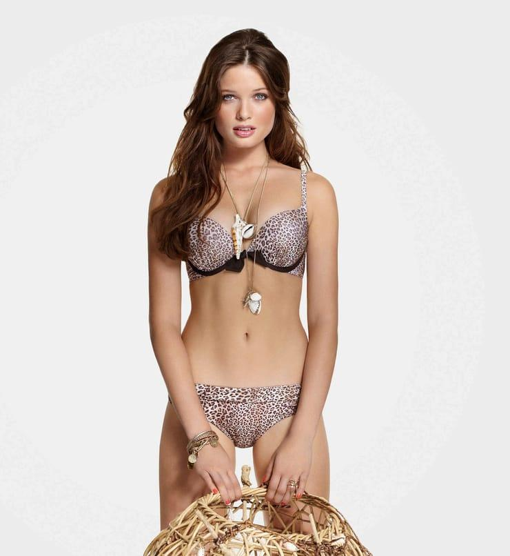 Sandrah Hellberg sexy pic