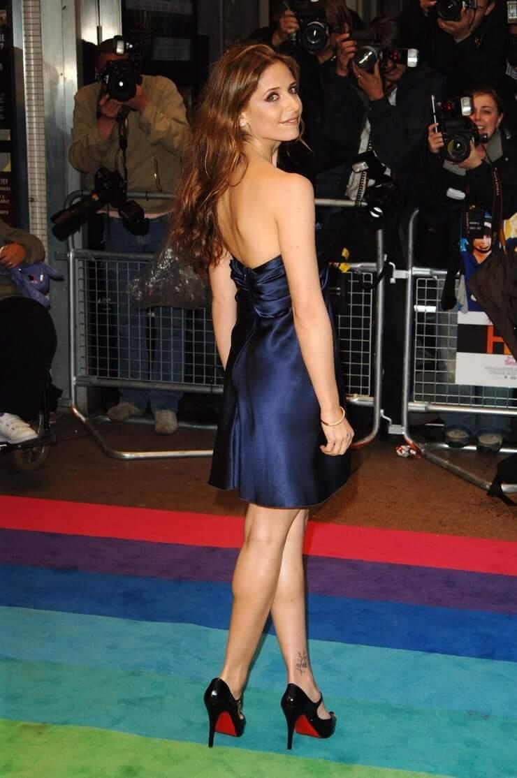 Sarah Michelle Gellar sexy ass pics