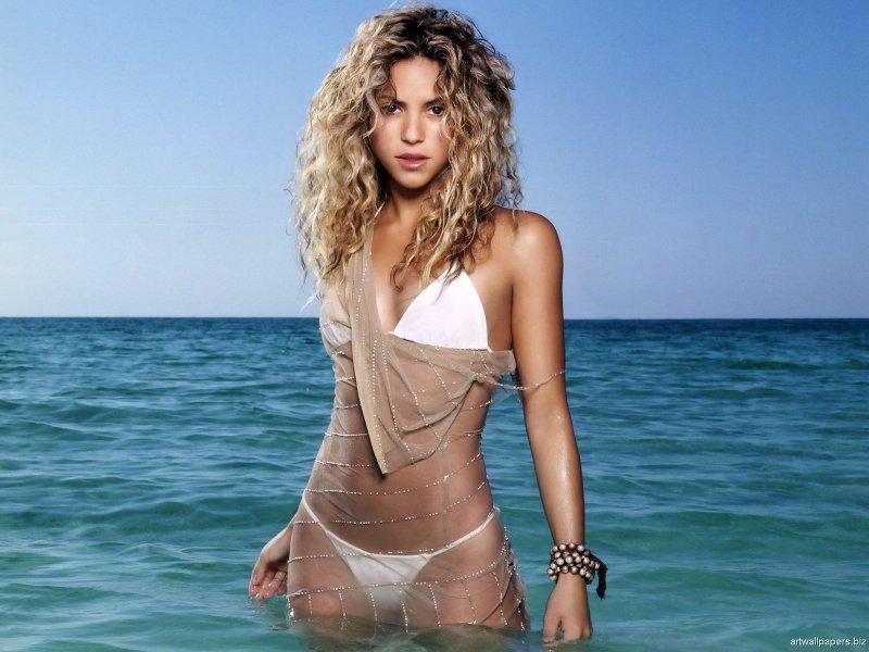 Shakira sexy pics