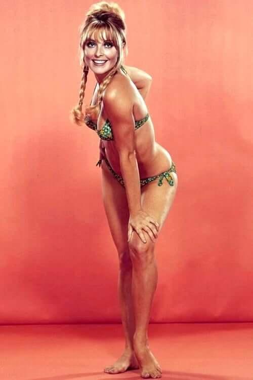 Sharon Tate amazing boobs pics