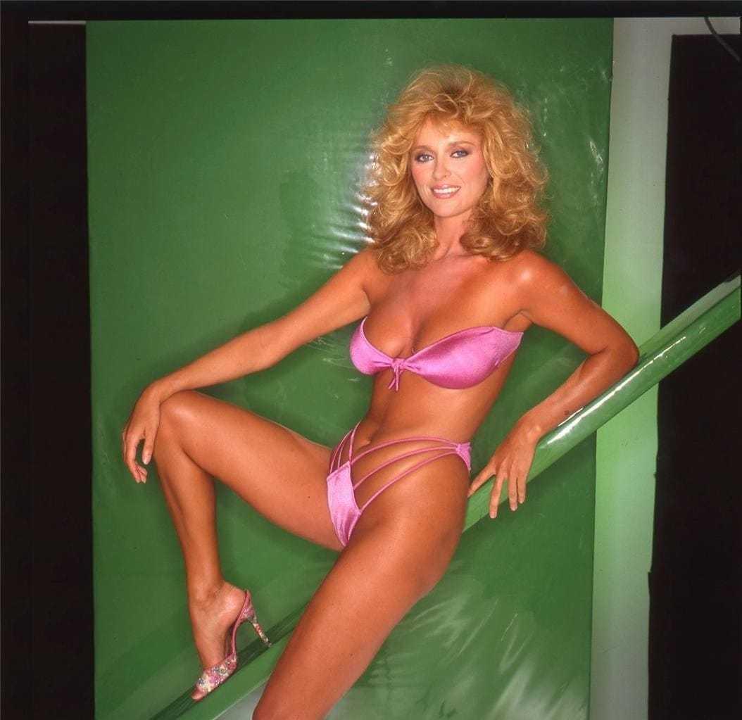 Sybil Danning hot look pics