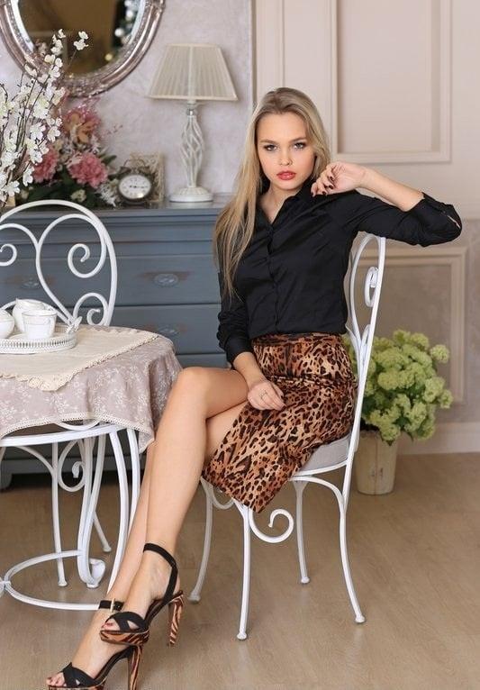 Sylwia Azarejew hot photo