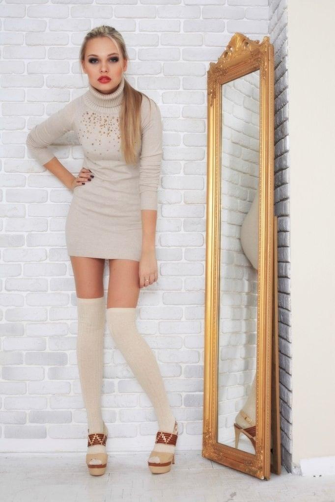 Sylwia Azarejew hot pic