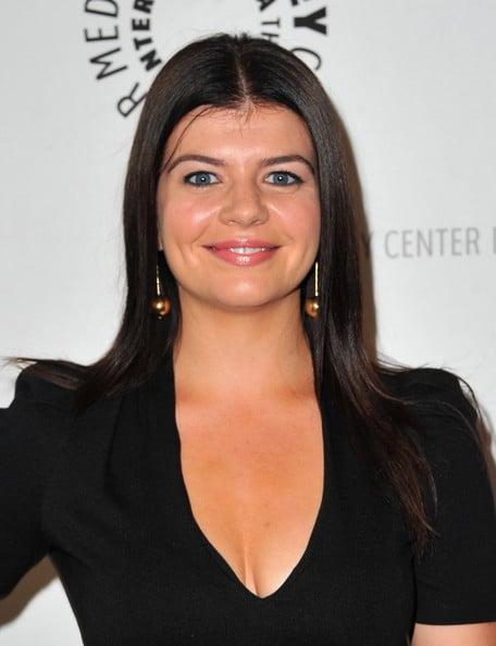casey wilson cleavage pictures