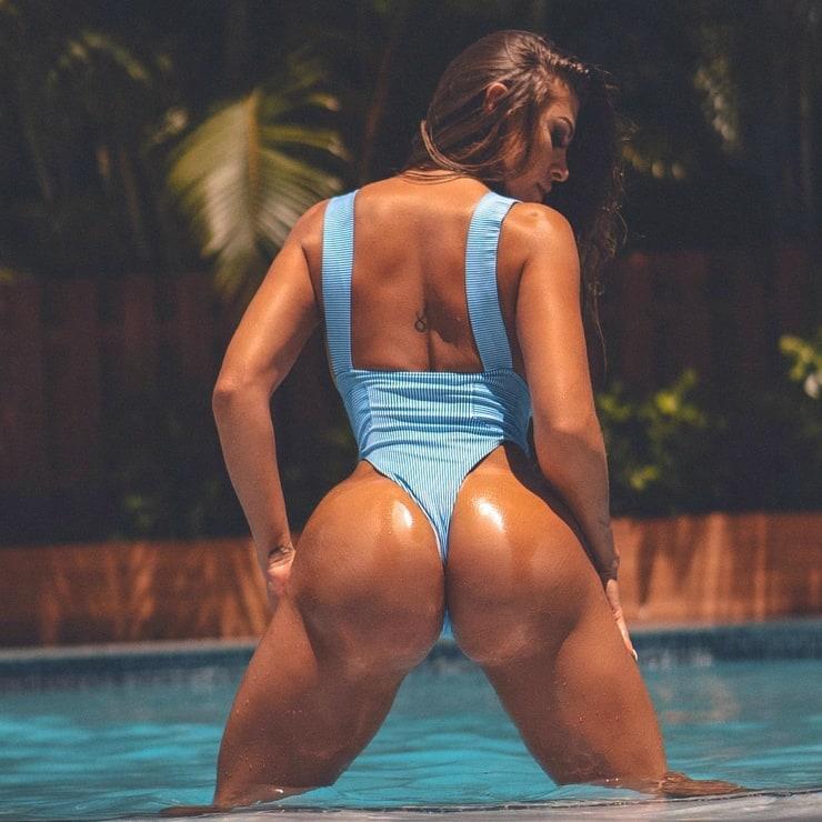 francia james big ass