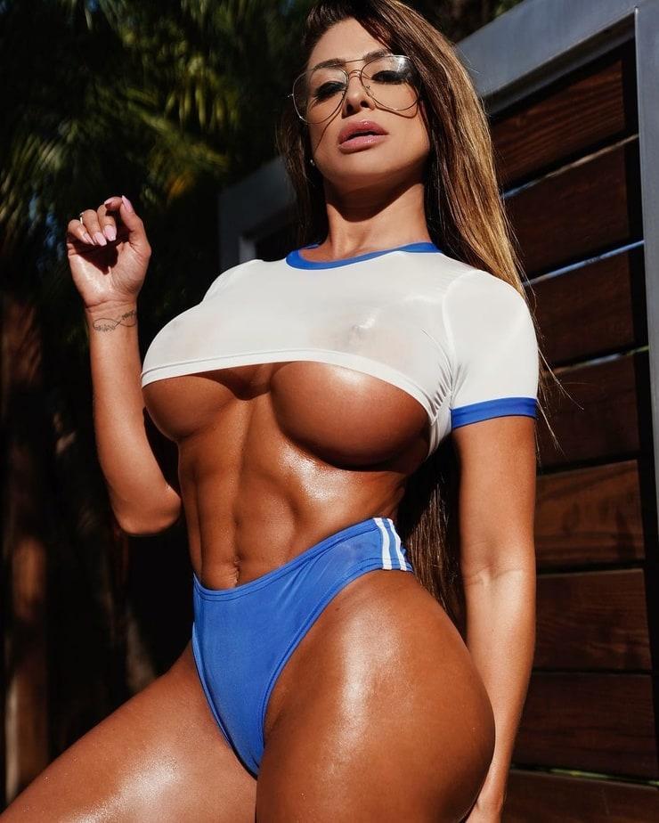francia james boobs