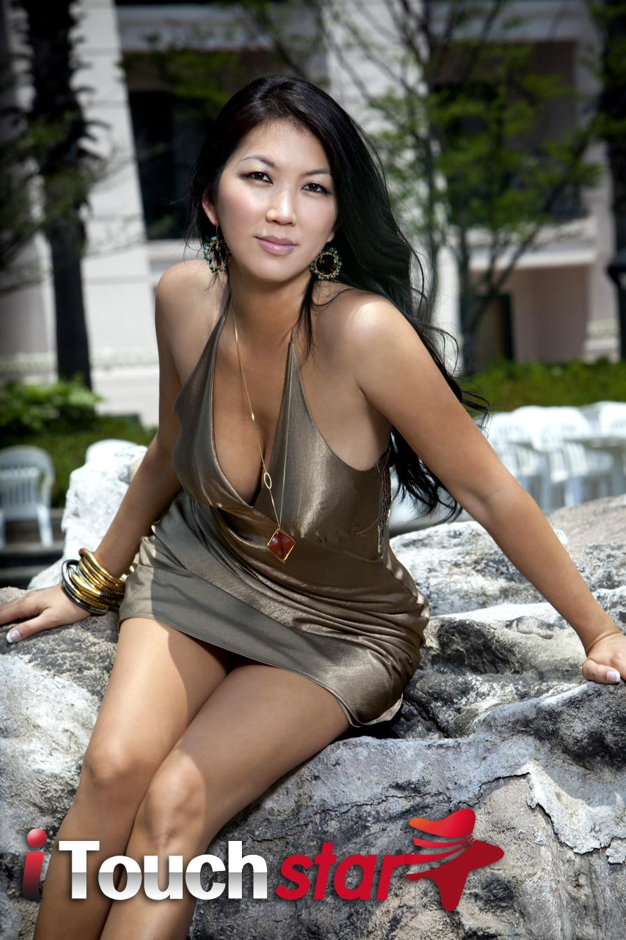 jeanette lee boobs pictures