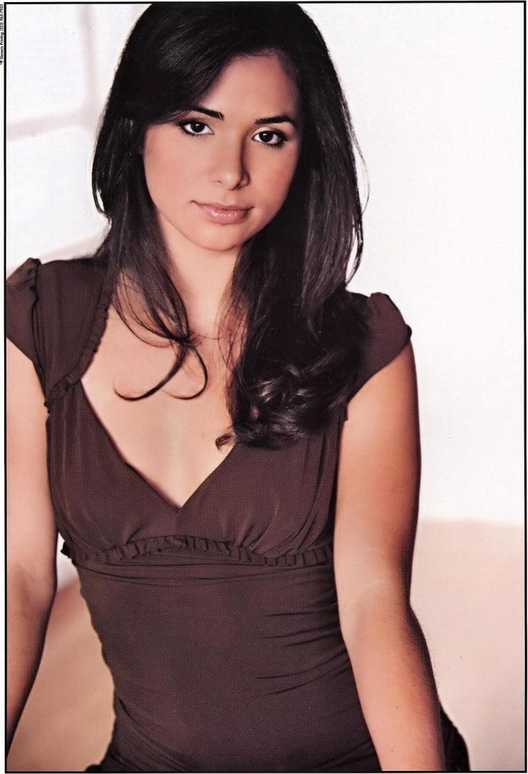 josie loren sexy cleavage