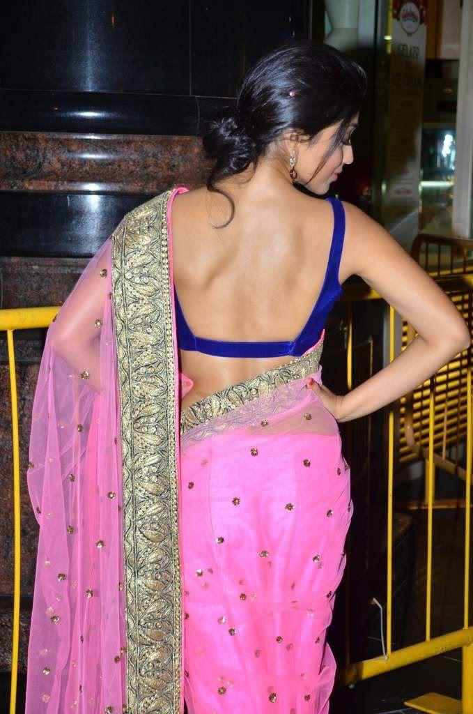 shriya saran sexy back