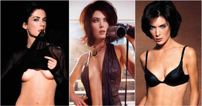 51 Sexiest Lara Flynn Boyle Boobs Pictures Are Just The Right Size To Look And Enjoy