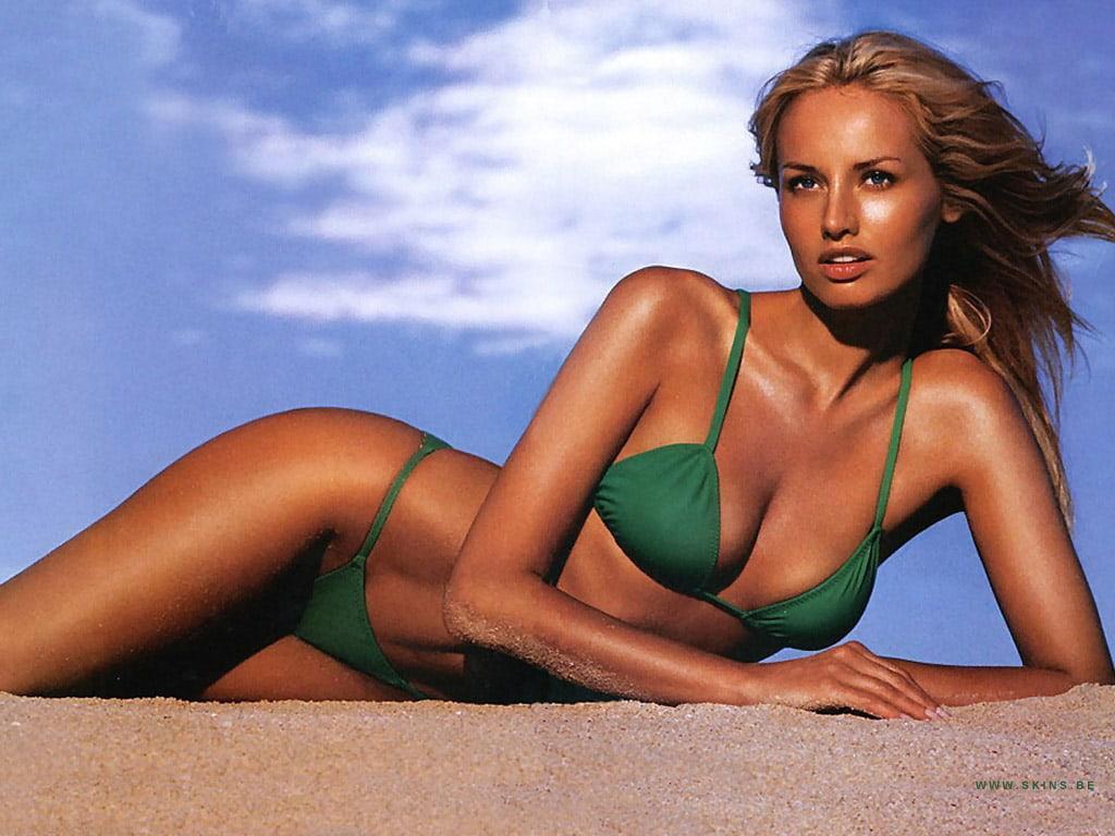 Adriana Sklenaríková bikini pictures