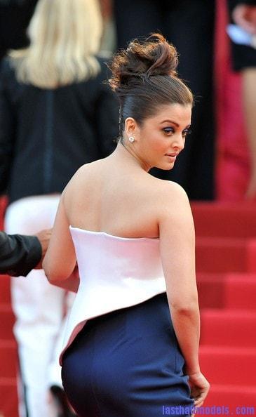 Aishwarya Rai Bachchan big busty pics