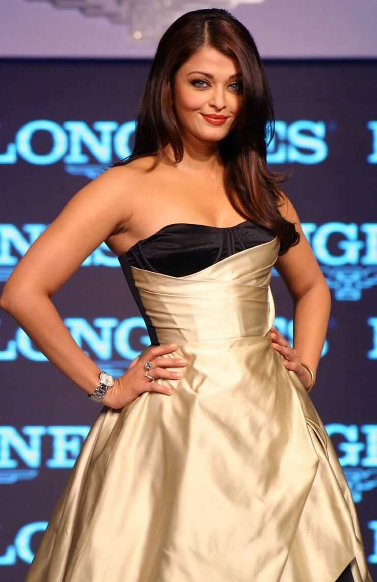 Aishwarya Rai Bachchan topless pics