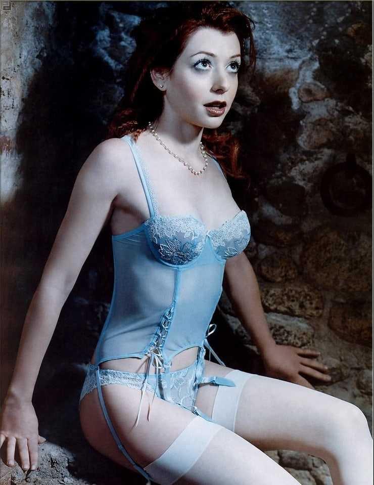 Alyson Hannigan lingerie pics