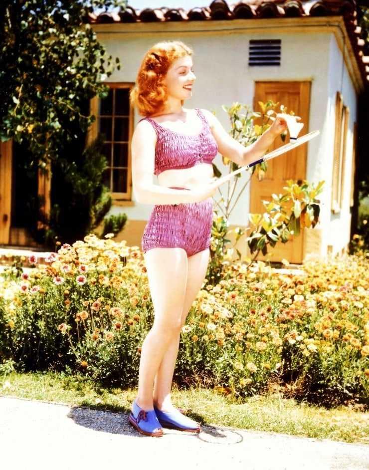 Ann Sheridan hot bikini pics