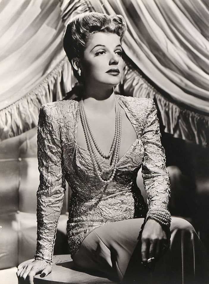 Ann Sheridan hot look pics (2)