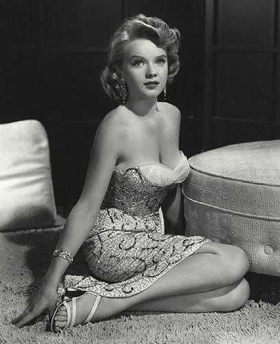 Anne Francis sexy look pics