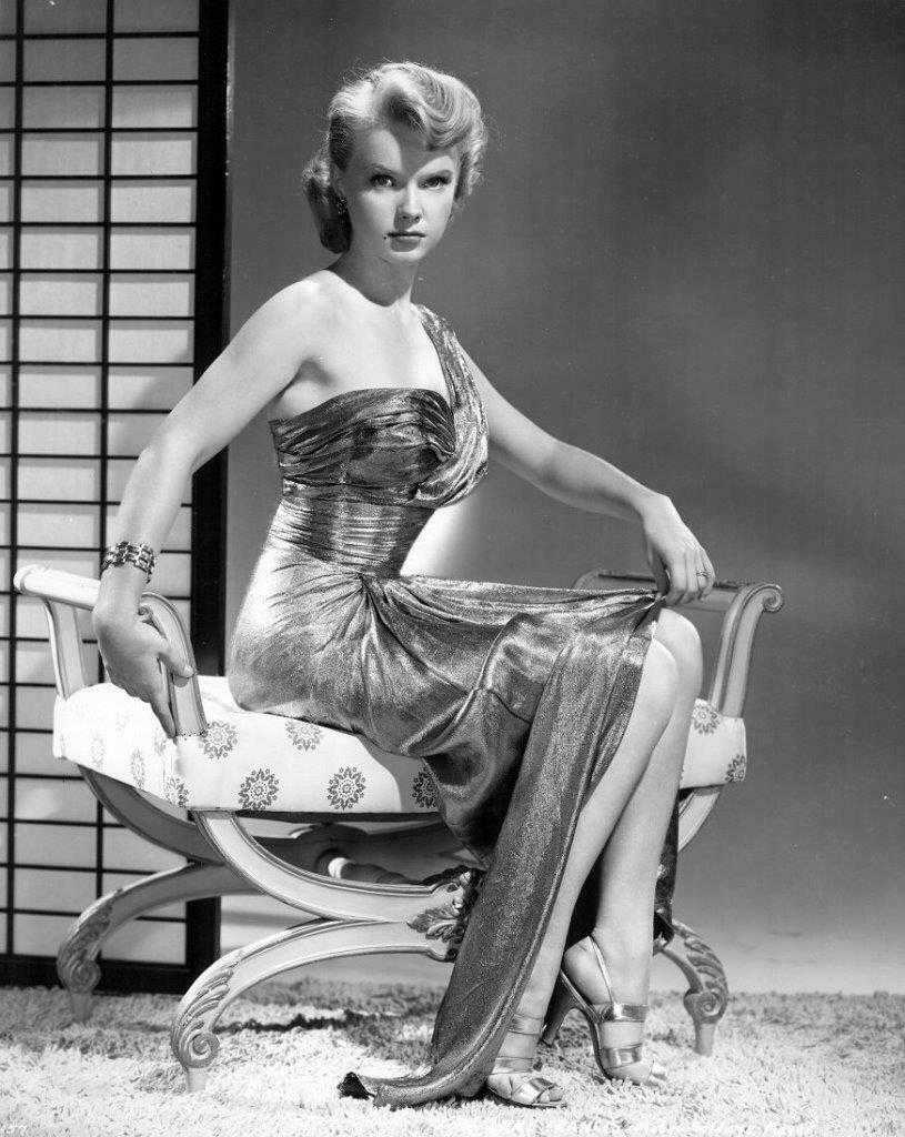 Anne Francis sexy pictures