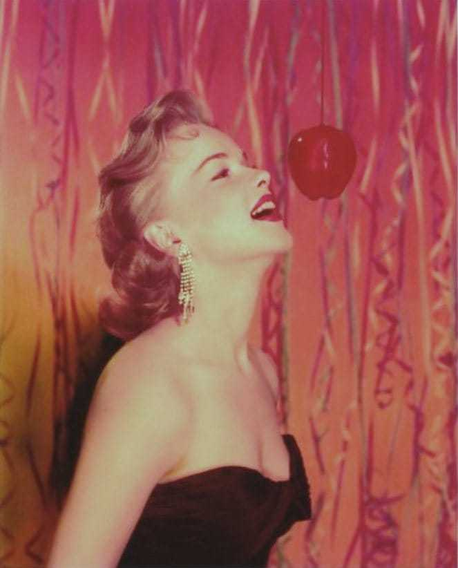 Anne Francis sexy side boobs pics
