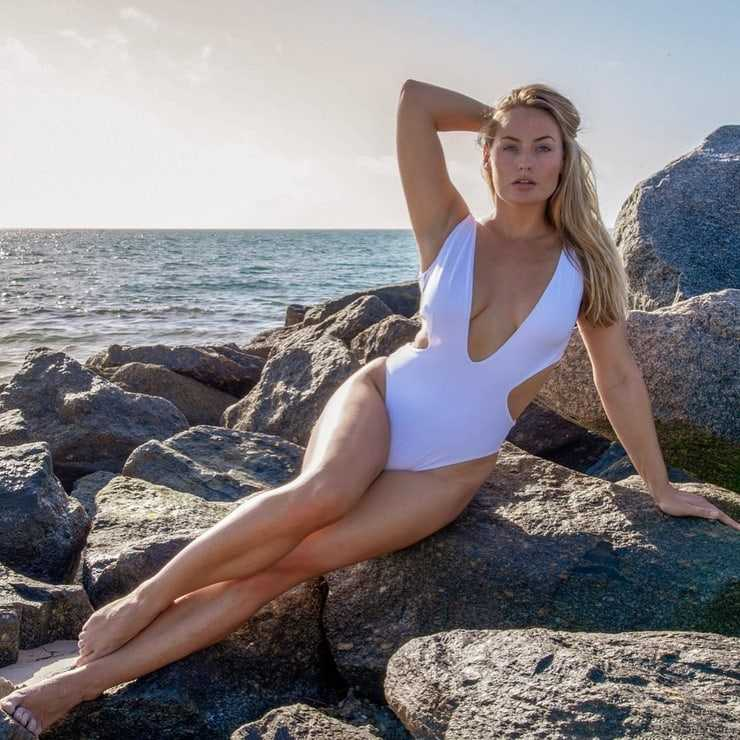 Anne-Julia Hagen amazing pic