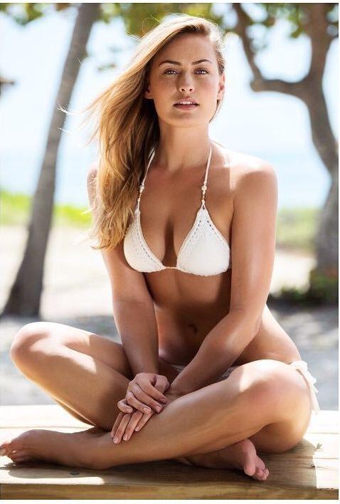 Anne-Julia Hagen boobs pics