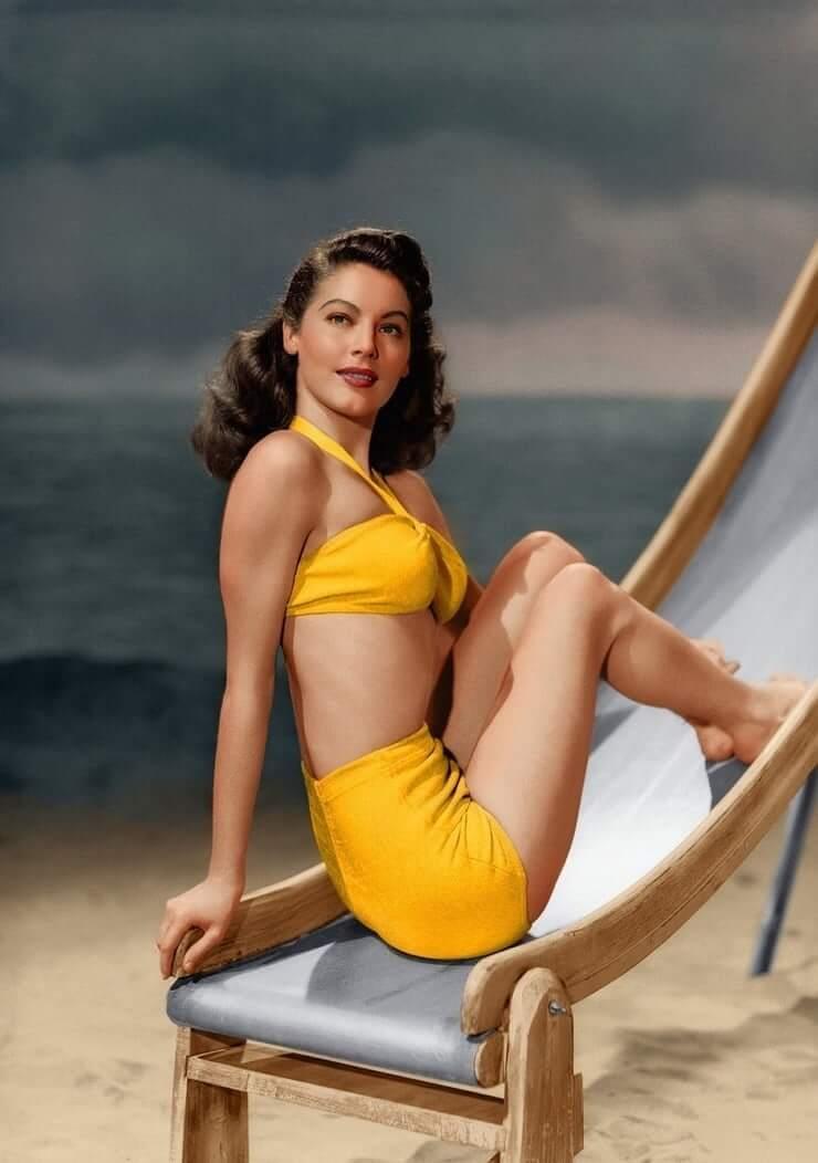 Ava Gardner hot lingerie pics
