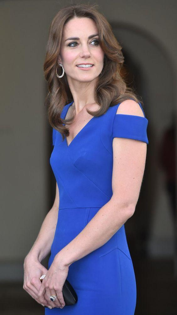 Catherine, Duchess of Cambridge sexy side boobs pics