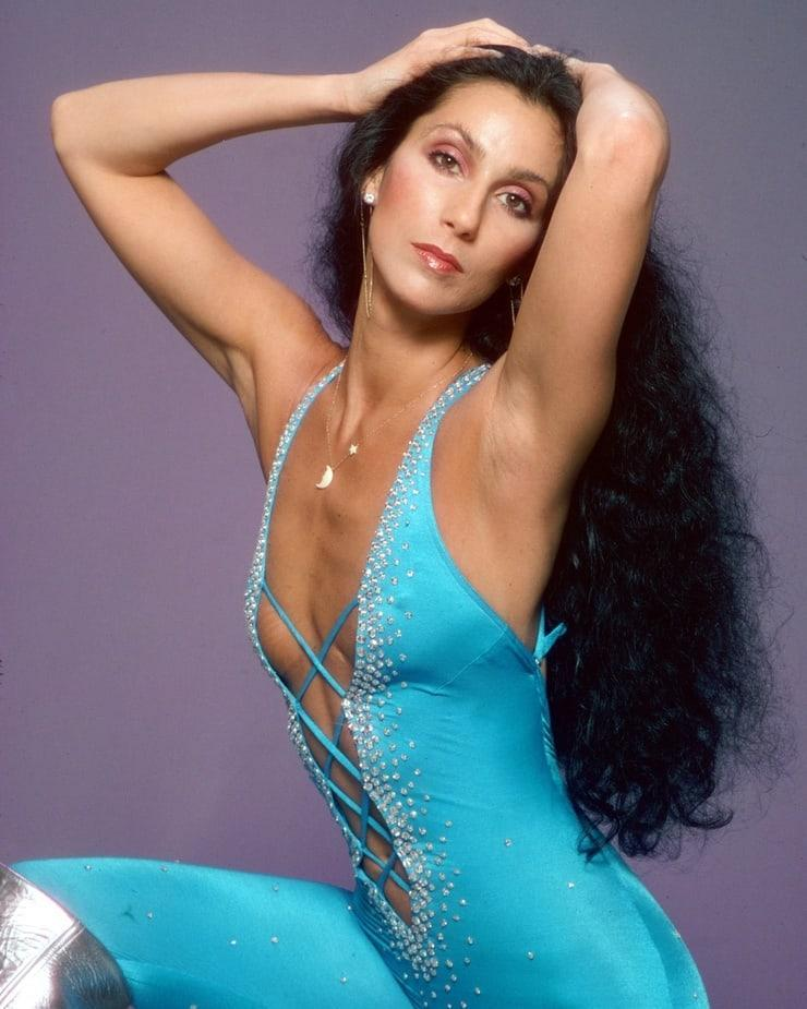 Cher sexy side boobs pics