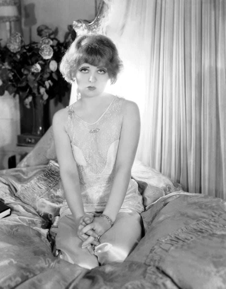 Clara Bow amazing pics
