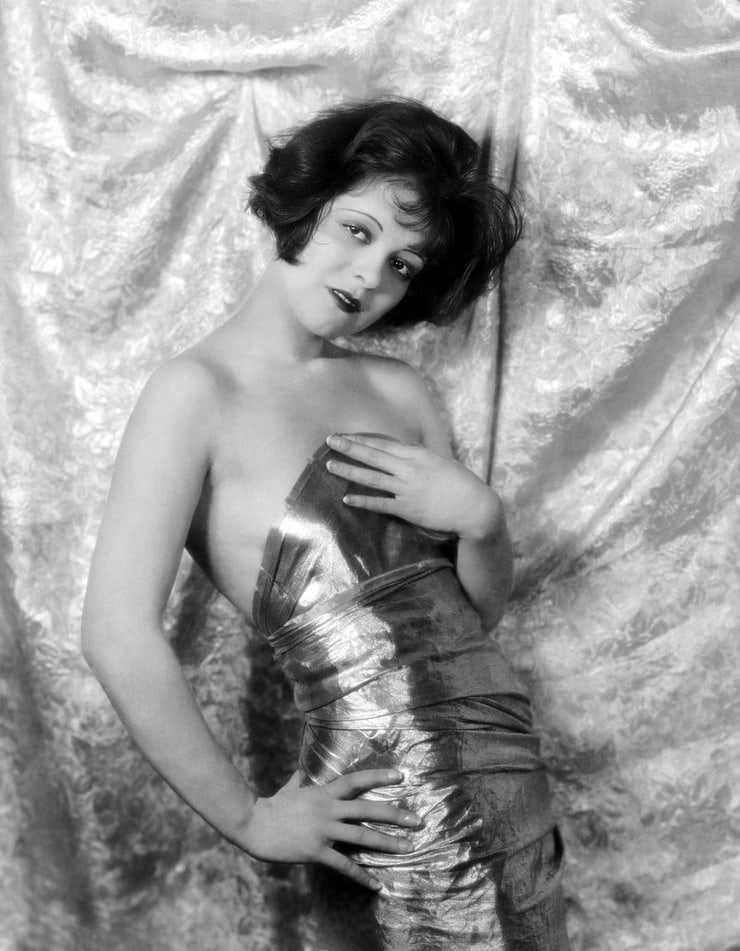 Clara Bow boobs pics