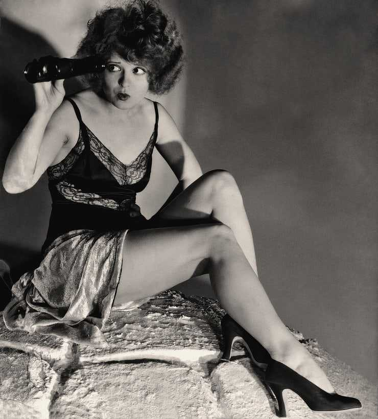 Clara Bow hot pictures