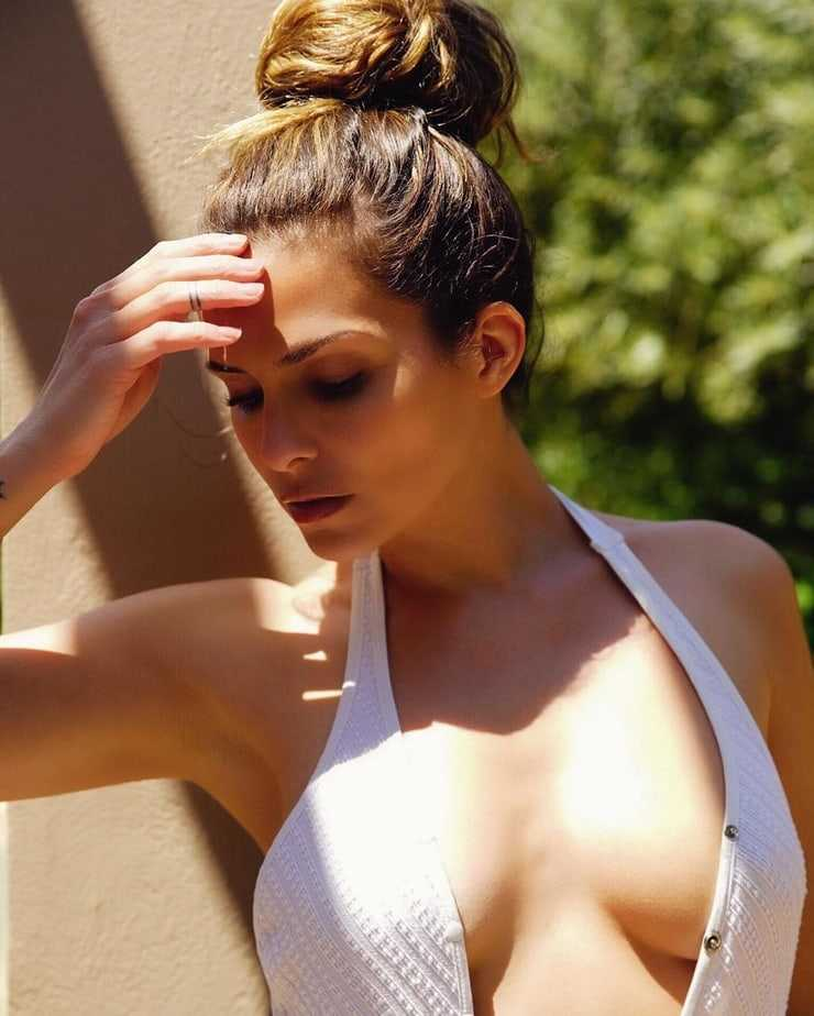 Clara Morgane big boobs pics