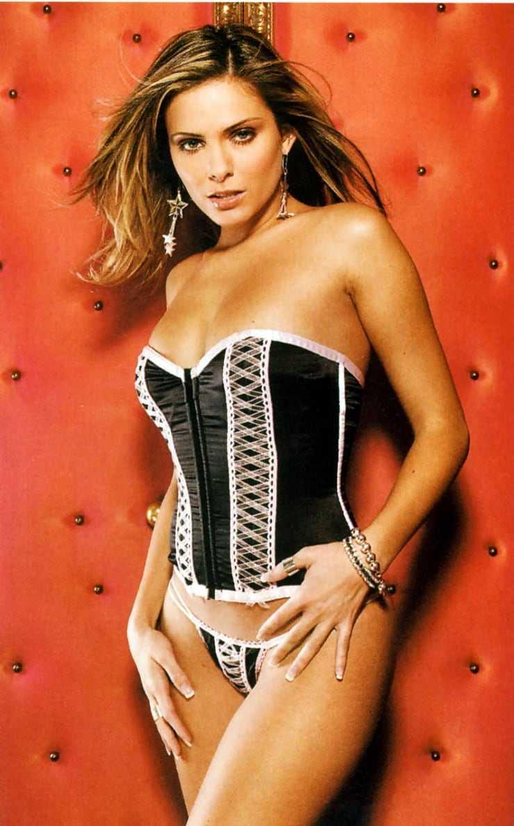 Clara Morgane lingerie pictures