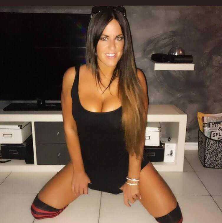 Claudia Romani tits pics