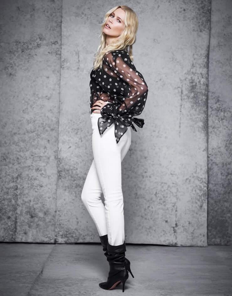 Claudia Schiffer beautiful butt pics