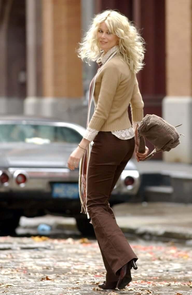 Claudia Schiffer big booty pics